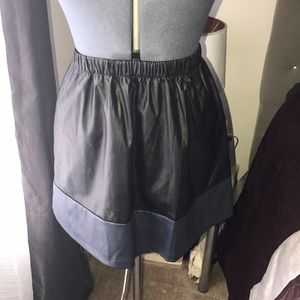 Dresses & Skirts - Faux leather skirt black /navy trim✨